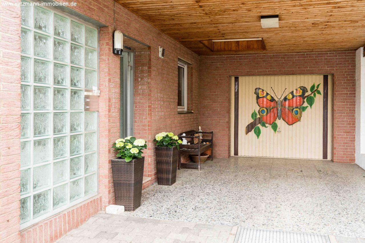 Immobilien Deutschland - Erftstadt - Gepflegtes Haus (EFH/MFH) mit ...